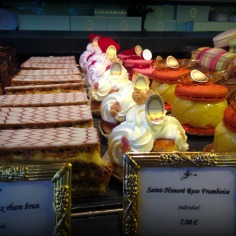 """The """"mille feuilles"""" is coming straight from heaven: Caramelized puff pastry, vanilla cream flavoured with old dark rum"""