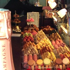 Macarons, Champagne.. What else?